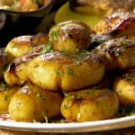 Yukon Gold Potatoes: Jacques Pepin Style, from Rachel Ray (v)