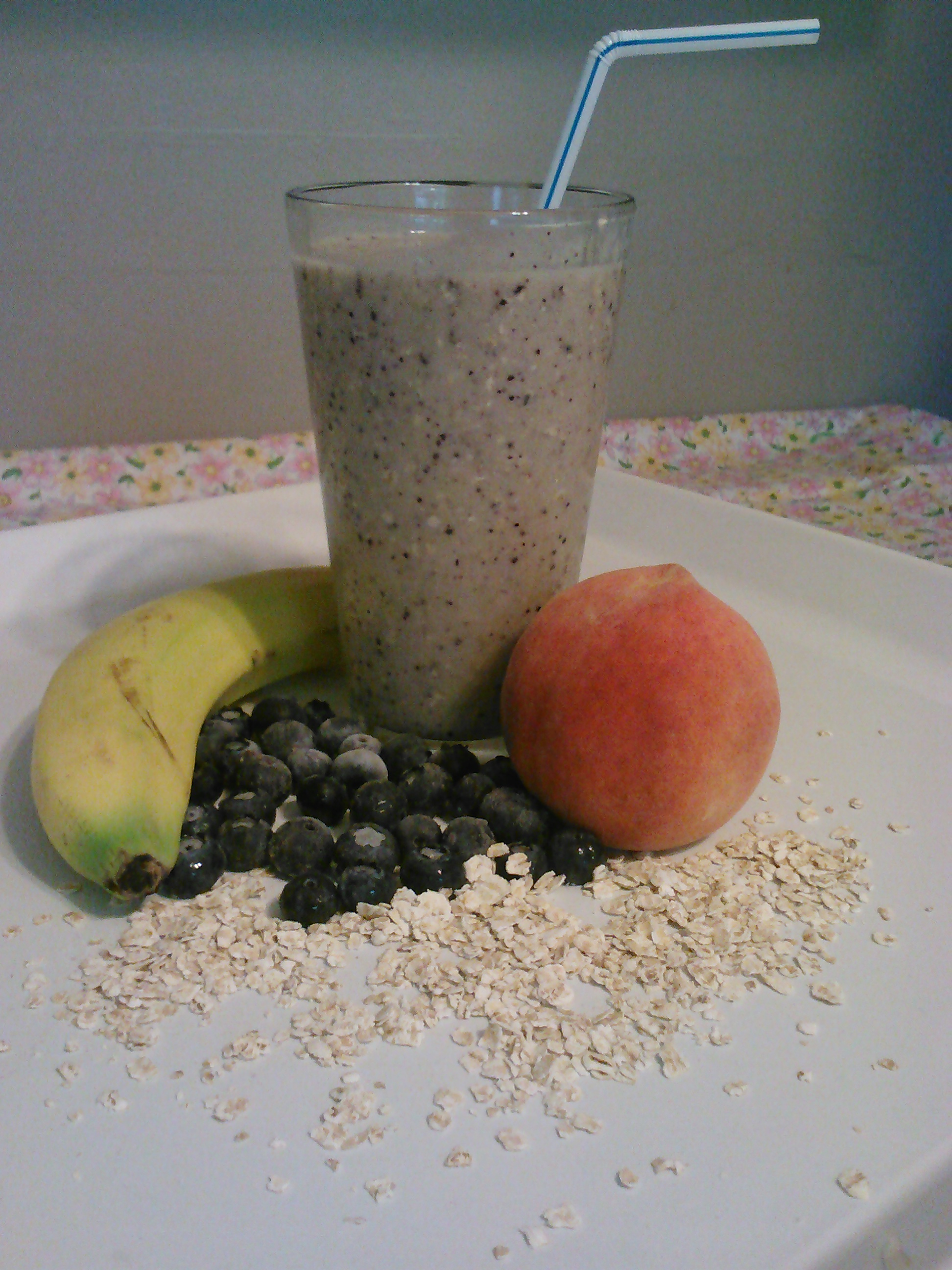 Banana, Peach and Blueberry Smoothie