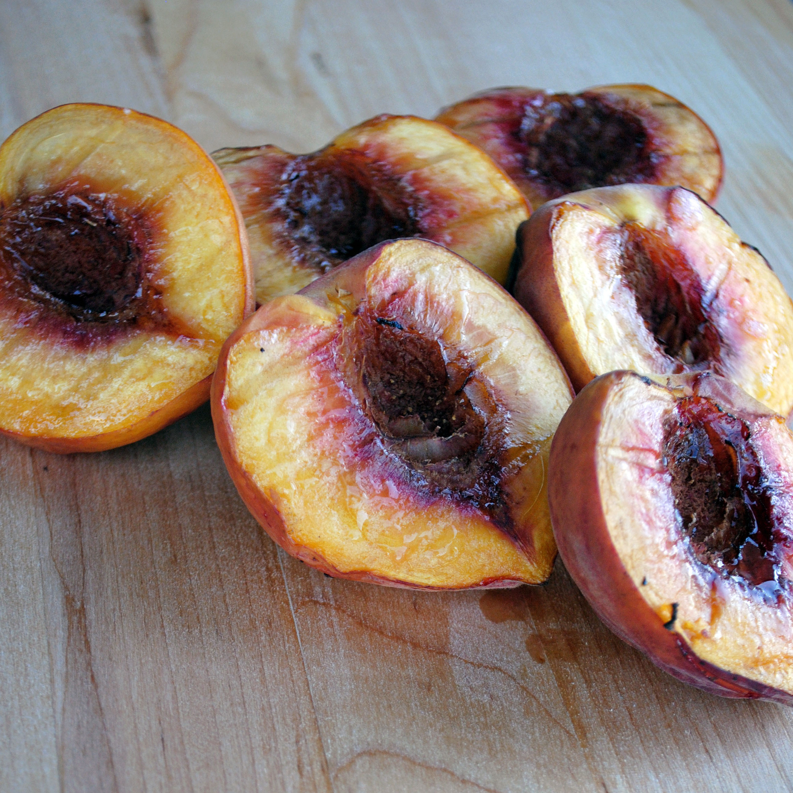 Grilled Peaches a la Mode