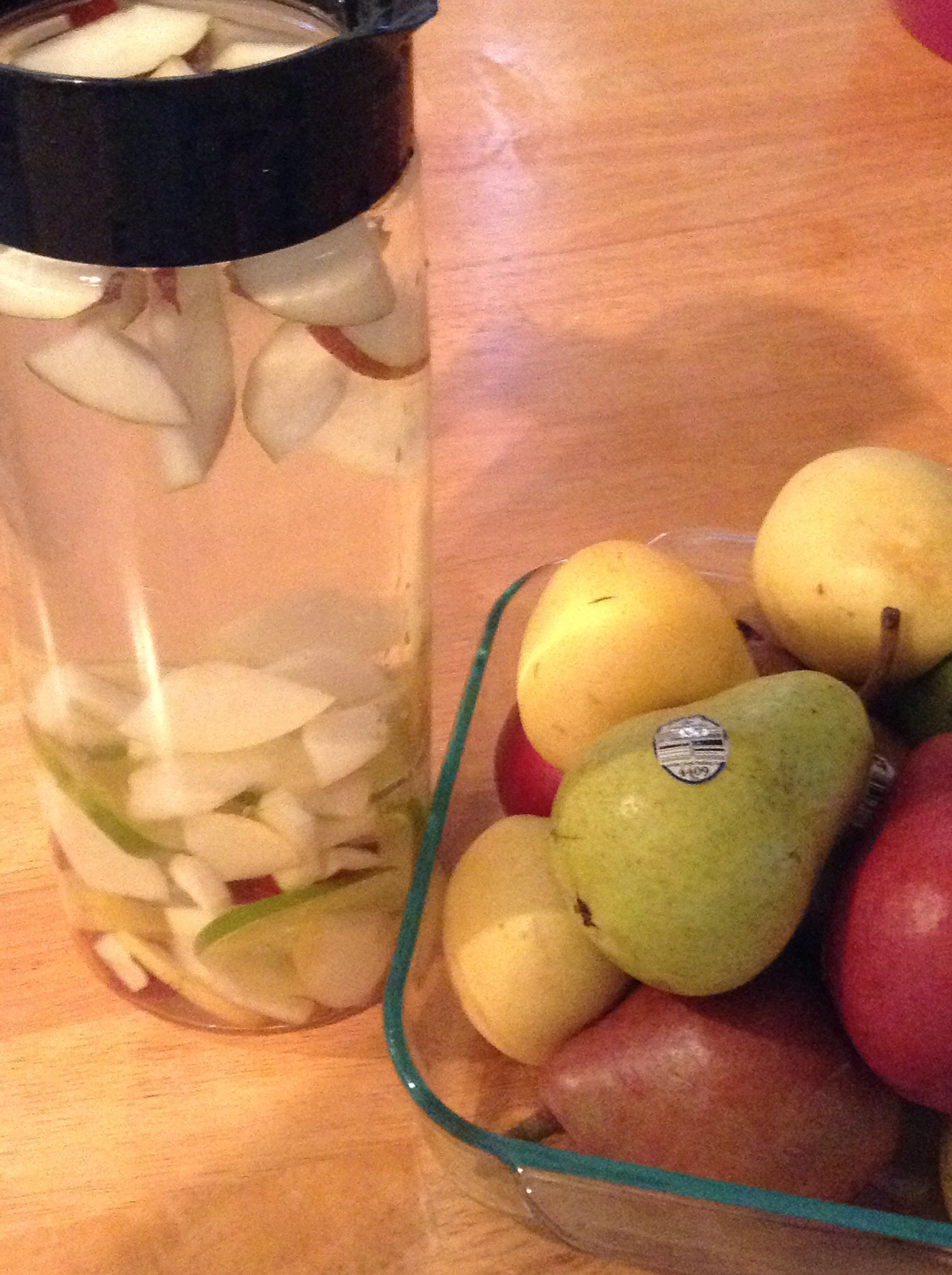Pear-Lime Water Infusion