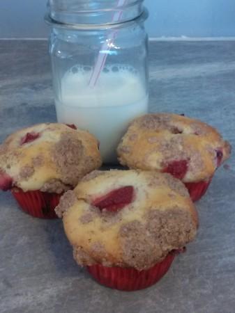 Tasty Strawberry Cheesecake Muffins